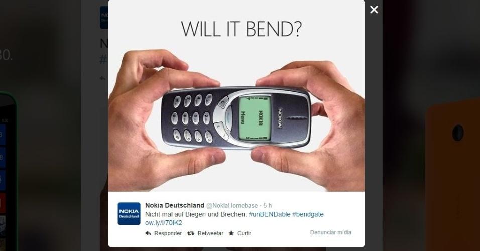 """Nokia (2014). No Twitter, a companhia ironizou o fato de alguns iPhones 6 Plus ficarem tortos ao deixá-los no bolso. O perfil postou: """"Nem por bem nem por mal"""". A frase é uma resposta para a pergunta """"vai entortar?"""" presente na imagem."""