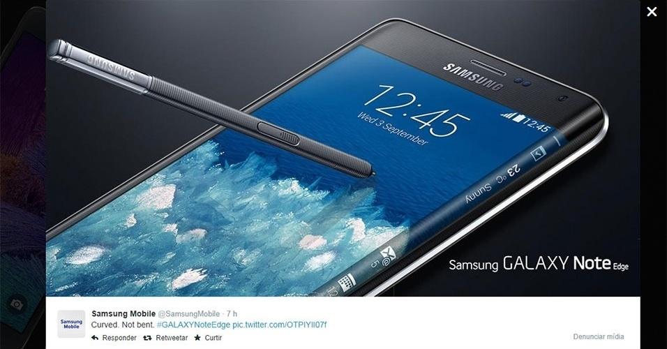 """Samsung (2014). No Twitter, a fabricante sul-coreana tirou sarro do fato de alguns iPhones 6 Plus ficarem tortos ao deixá-los no bolso. O perfil da companhia postou: """"Curvado, não torto"""" e uma foto do smartphone Galaxy Note Edge, que tem o lado direito curvado"""