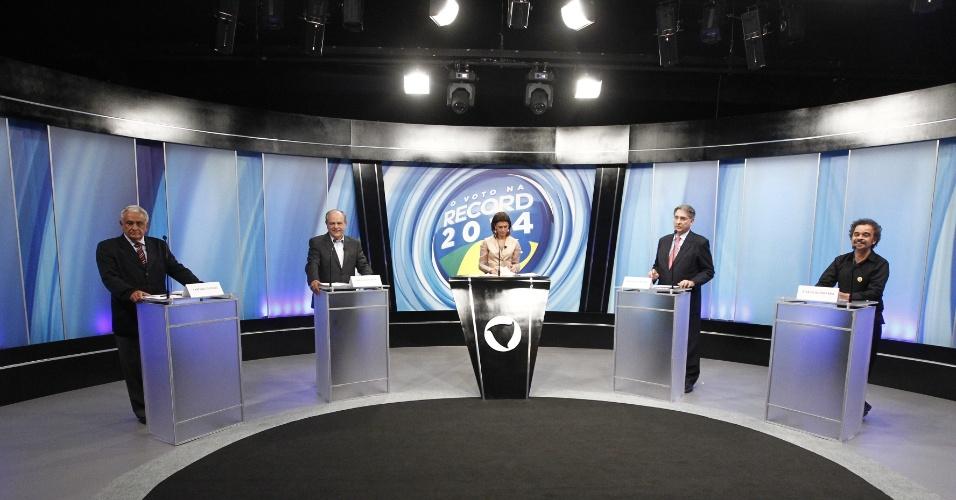 27.set.2014 - Candidatos ao governo de Minas Gerais participaram de debate promovido pela Rede Record em Belo Horizonte (MG), na noite desta sexta-feira