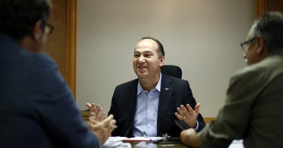21.ago.2014 - Pastor Everaldo, candidato do PSC à Presidência da República, concede entrevista em seu escritório em Brasília, nesta quinta-feira (21)