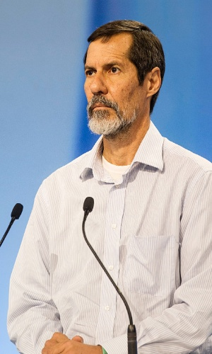 28.set.2014 - O candidato à Presidência Eduardo Jorge (PV) participa de debate promovido pela TV Record, neste domingo