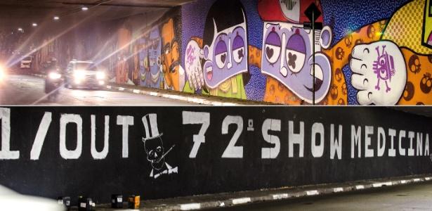No final de setembro de 2014, o Show Medicina ganhou destaque no noticiário após seus integrantes pintarem sobre um grafite na avenida Rebouças, em São Paulo, um anúncio da 72ª edição do evento. - Gustavo Basso/UOL