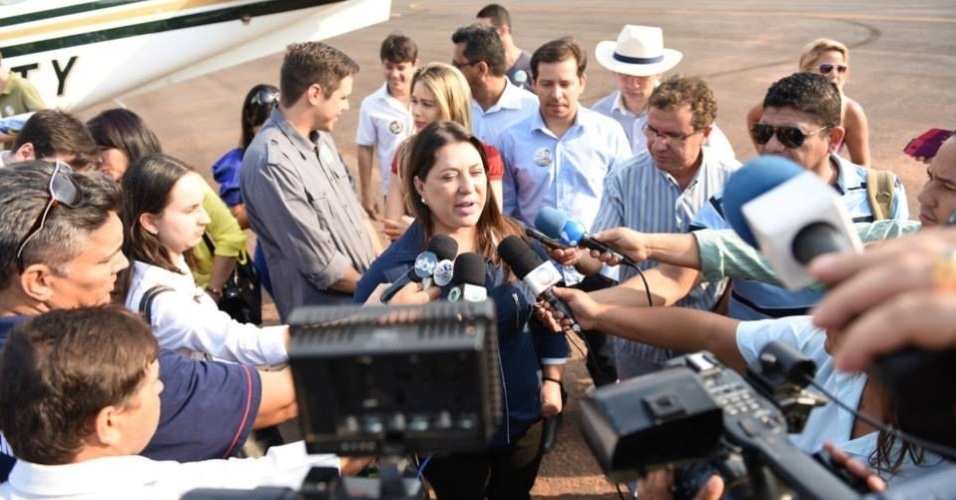 28.set.2014 - Janete Riva (PSD), candidata ao governo de Mato Grosso, dá entrevista em Barra do Garças (MT). Ela substituiu o marido, o deputado estadual José Riva (PSD), que renunciou à candidatura após ser barrado pelo TSE (Tribunal Superior Eleitoral)