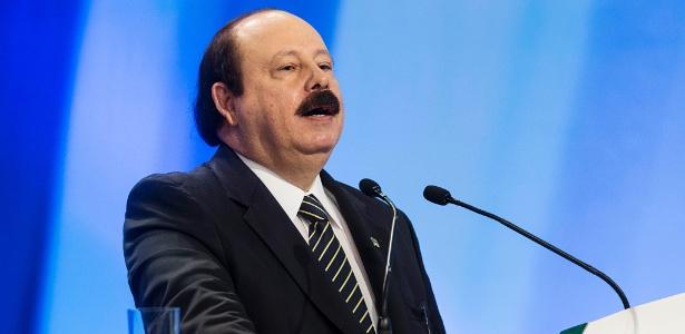 Candidato à presidência pelo PRTB, Levy Fidelix, participa de debate entre presidenciáveis na 'TV Record'