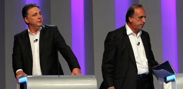 Garotinho (à esq.) disputou eleição ao governo do Estado contra Pezão (PMDB) em 2014