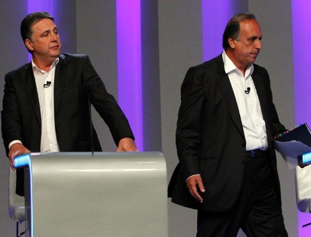 Anthony Garotinho (PR) (à esq.) e Luiz Fernando Pezão (PMDB), em debate eleitoral na TV