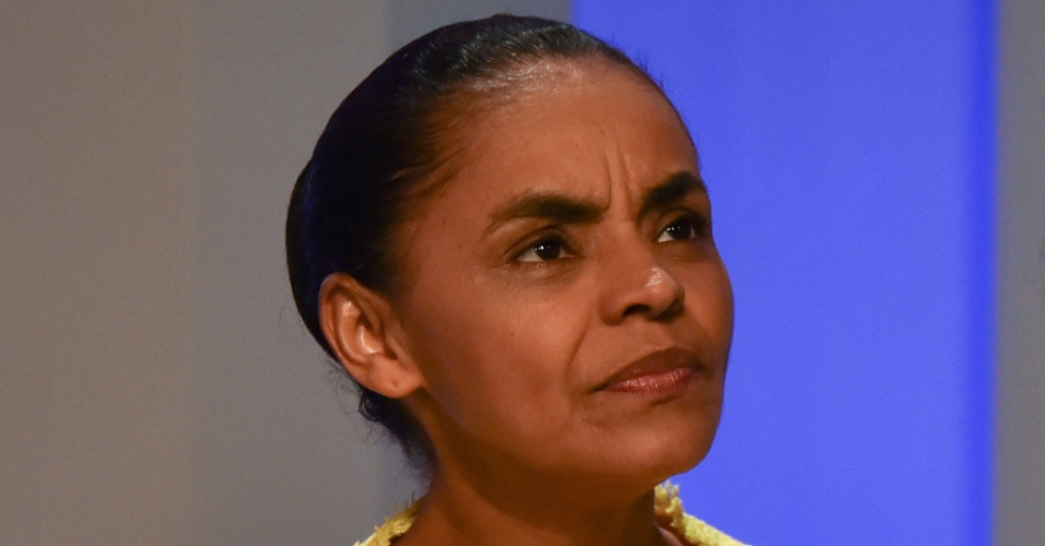 2.out.2014 - A candidata à Presidência da República Marina Silva (PSB) participa de debate promovido pela TV Globo, na noite desta quinta-feira