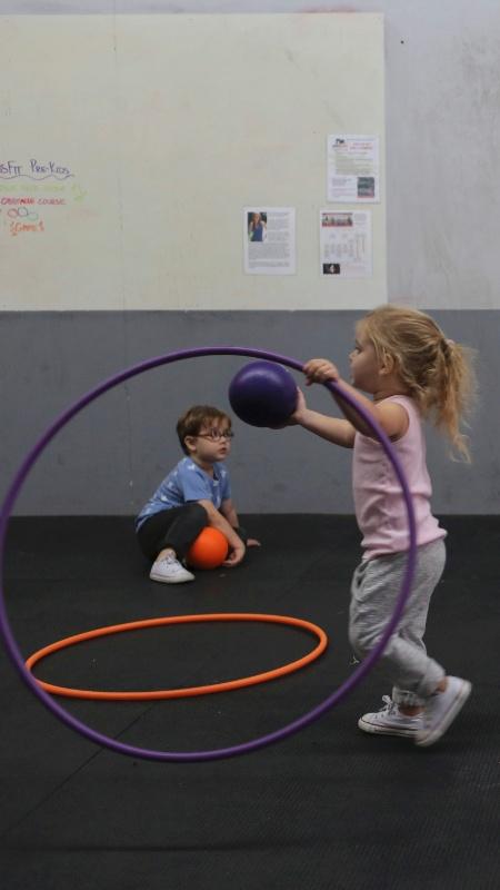Crianças durante atividade física - Michael Appleton/The New York Times