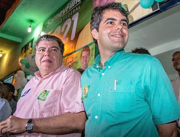 Sarney Neto (PV) (à dir.) durante comício de campanha à Assembleia Legislativa do Maranhão