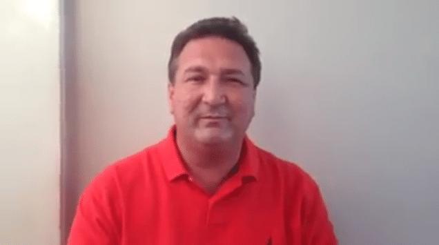 4.out.2014 - O candidato do PSD ao governo do Amapá, Lucas Barreto, diz em vídeo publicado em sua página no Facebook, na véspera das eleições, que mentiras a seu respeito foram espalhadas no final da campanha, citando um boato de que ele teria