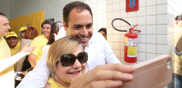 Paulo Câmara vota em PE - Clélio Tomaz/Frame/Estadão Conteúdo