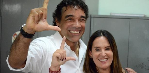 Lobão Filho vota no MA - Beto Macario/UOL