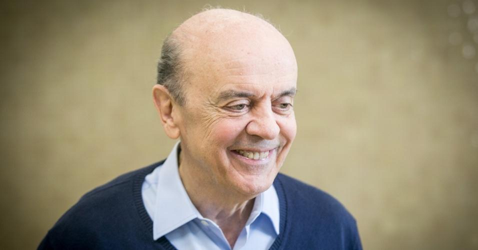 5.out.2014 - O candidato do PSDB José Serra foi eleito senador por São Paulo. Ele derrotou o candidato do PT Eduardo Suplicy, que ocupou a cadeira por 24 anos