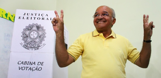O político e economista José Melo (Pros), reeleito governador do Amazonas
