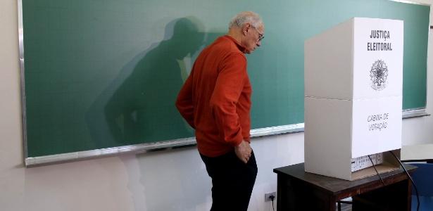 Suplicy vota em SP - Felipe Rau/ Estadão Conteúdo