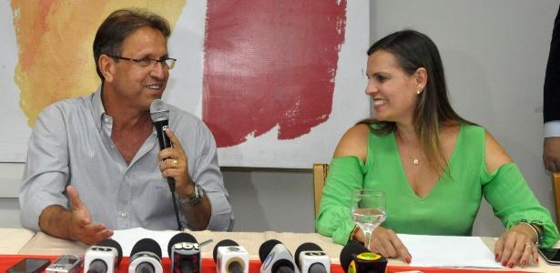 Marcelo Miranda (PMDB) concede entrevista após ser eleito governador do Tocantins