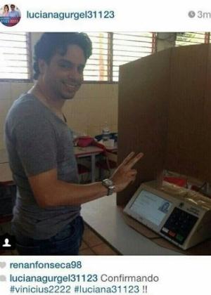 Foto tirada pelo deputado federal reeleito Vinícius Gurgel (PR-AP) na cabina de votação, domingo (5), em Macapá