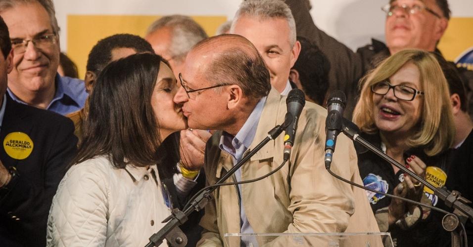 5.out.2014 - O governador de São Paulo, Geraldo Alckmin (PSDB), faz pronunciamento após votação no clube Espéria, em São Paulo