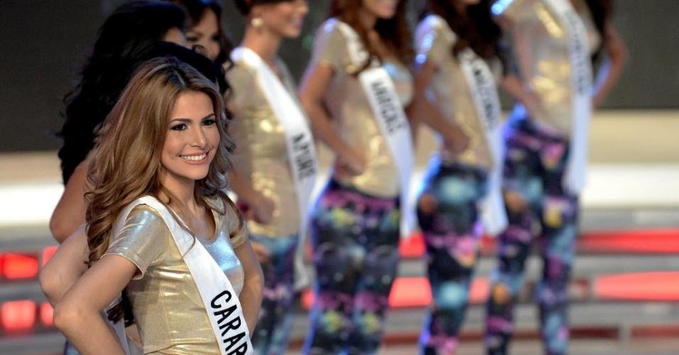 7.out..2014 - Candidatas do Miss Venezuela 2014 participam de ensaio, em Caracas, nesta terça-feira (7)