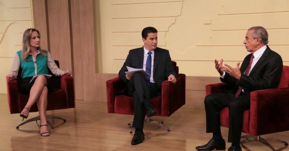 7.out.2014 - Em entrevista à afiliada do SBT em Goiás, o candidato ao governo do Estado Iris Rezende (PMDB) destacou as estratégias de campanha para o segundo turno da disputa.