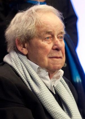O escritor Siegfred Lenz - MORRIS MAC MATZEN