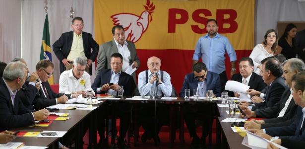 Reunião da Executiva Nacional do PSB vai definir se apoia candidatura de Aécio Neves (PSDB) à Presidência