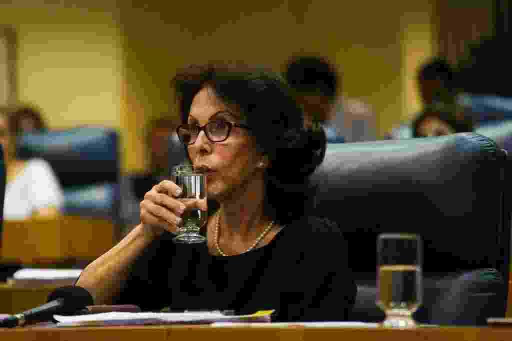 9.out.2014 - A presidente da Sabesp (Companhia de Saneamento Básico do Estado de São Paulo), Dilma Pena, presta depoimento na quarta-feira (8) na CPI (Comissão Permanente de Inquérito) da Câmara Municipal que investiga queixas de falta de água na capital paulista - Zanone Fraissat/Folhapress