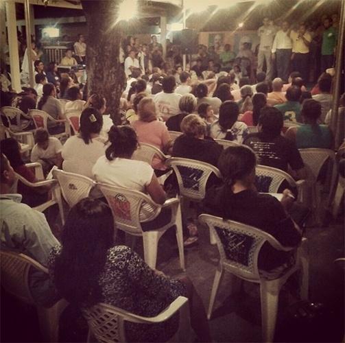 13.out.2014 - Chico Rodrigues, candidato pelo PSB ao governo estadual, participa de ato político no bairro de Mecejana, em Boa Vista
