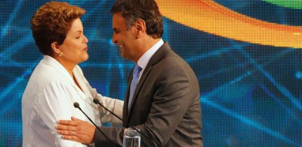 Dilma Rousseff e Aécio Neves durante debate Band nesta terça-feira (14)