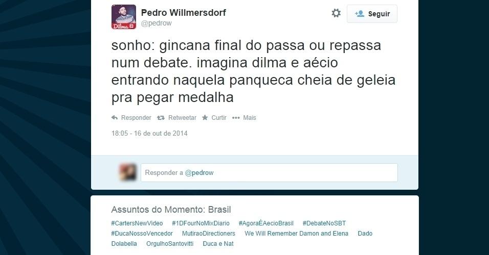 16.out.2014 - No Twitter, usuário também diz sonhar com um ''novo formato'' para o debate entre Dilma Rousseff (PT) e Aécio Neves (PSDB), com a gincana do programa  ''Passa ou Repassa''