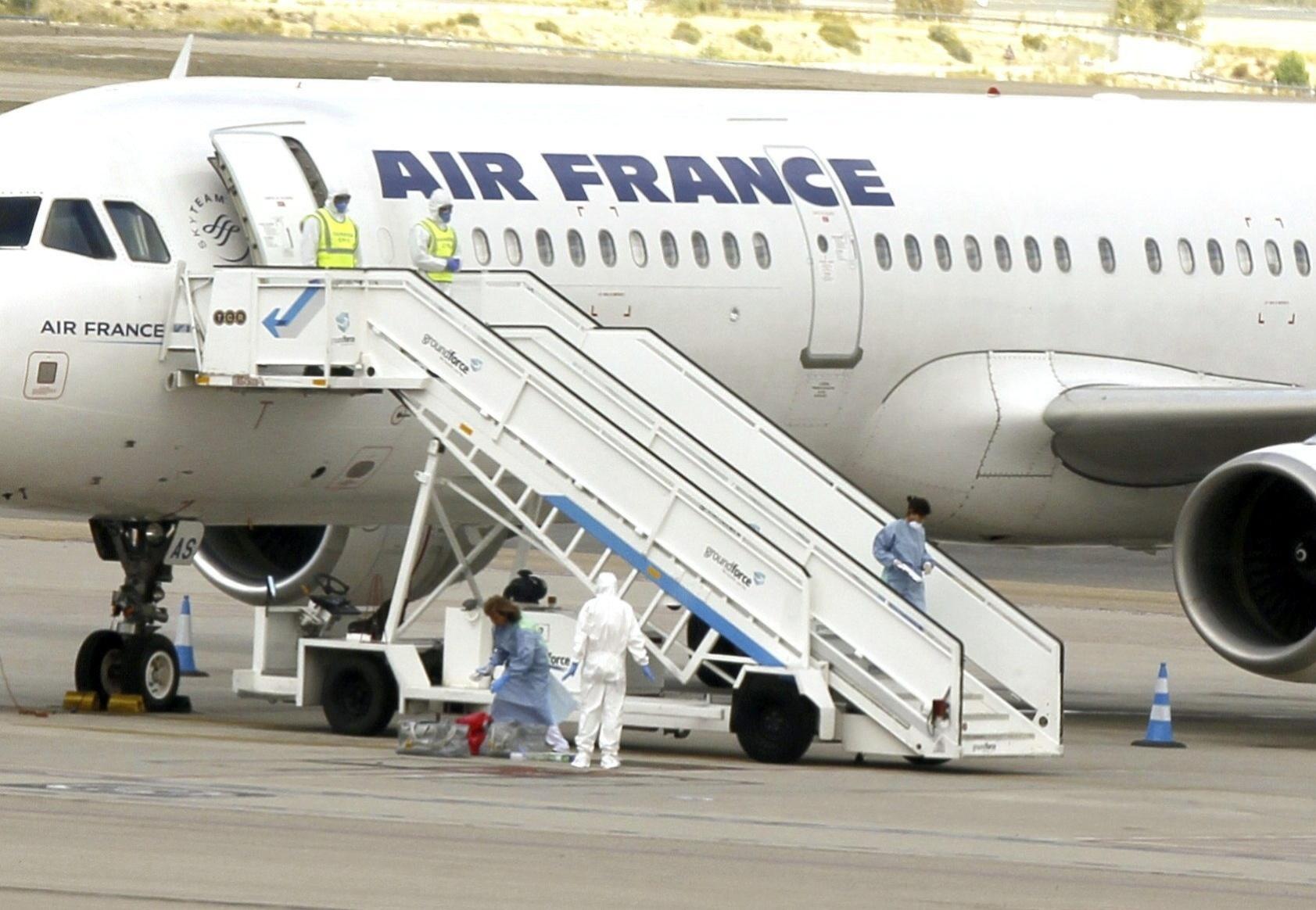 16.out.2014 - O aeroporto internacional de Barajas, em Madri, ativou nesta quinta-feira um protocolo de emergência devido a um caso suspeito de ebola relacionado a uma pessoa em um voo da Air France