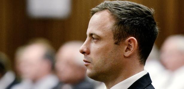 21.out.2014 - O atleta olímpico e paraolímpico sul-africano Oscar Pistorius participa de audiência em Petrória, que terminou com sua condenação