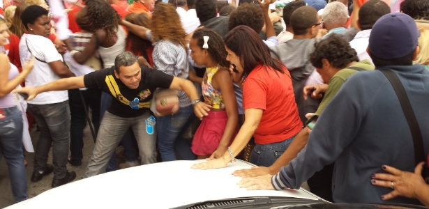 Tumulto em Duque de Caxias - Leandro Prazeres/UOL
