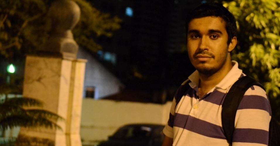 24.out.2014 - Denílson da Rocha Barbosa, universitário em Campina Grande (PB), acredita que votação de Aécio na cidade ocorre por ?sentimento nacional de mudança?