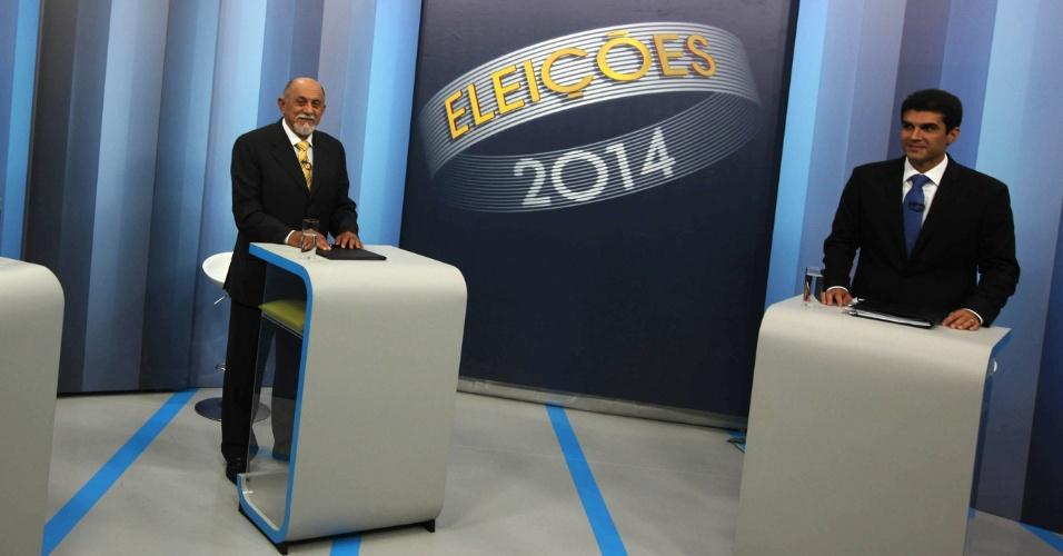 24.out.2014 - Os candidatos Simão Jatene (PSDB) (à esq.) e Helder Barbalho (PMDB) participam do último debate antes do segundo turno, promovido pela TV Globo nesta quinta-feira (23) em Belém