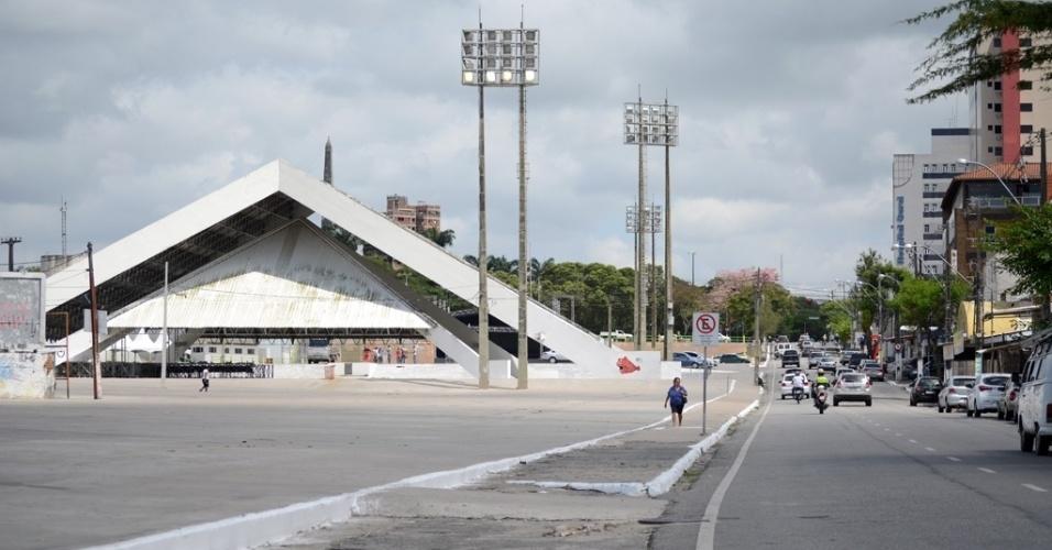 """24.out.2014 - Parque do Povo, em Campina Grande (PB) é palco, em junho, do que os moradores da cidade chamam de """"o maior São João do Mundo"""""""