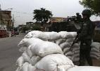 Exército reforça segurança na favela da Maré antes de eleição no Rio - Marcelo Sayão/EFE