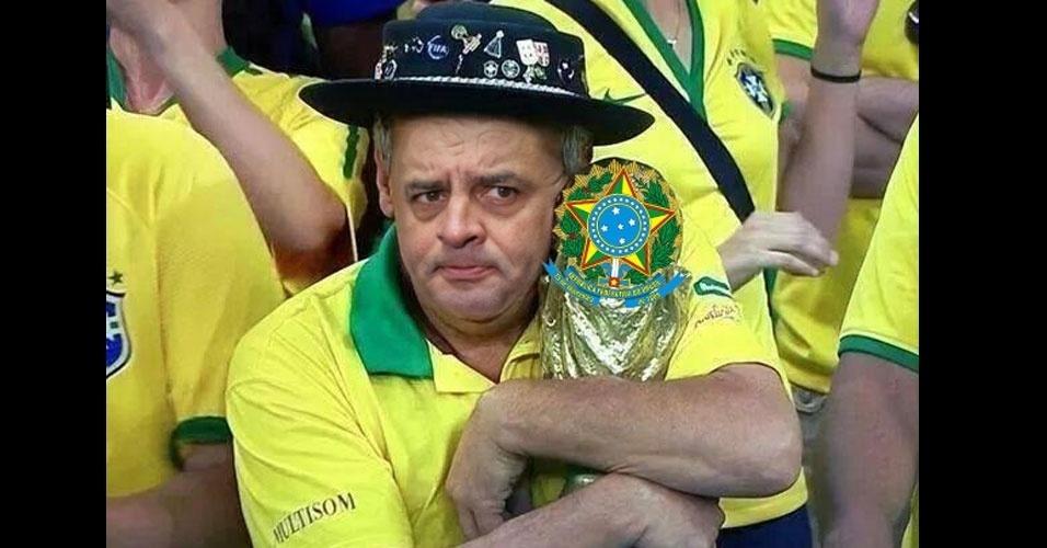 26.out.2014 - Internauta faz piada com a derrota do candidato à Presidência pelo PSDB, Aécio Neves, neste domingo (26)