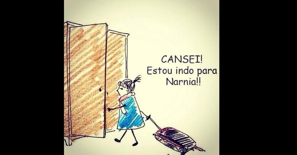 26.out.2014 - Internauta faz piada sobre sair do Brasil após derrota do candidato à Presidência pelo PSDB, Aécio Neves, neste domingo (26)