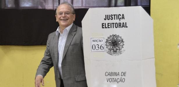 O governador o RS, Tarso Genro, perdeu a disputa para José Ivo Sartori