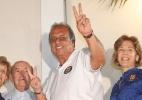 """Pezão dedica vitória a Cabral e diz que """"apanhou igual a cachorro sem dono"""" - Marcelo Carnaval/Agência O Globo"""