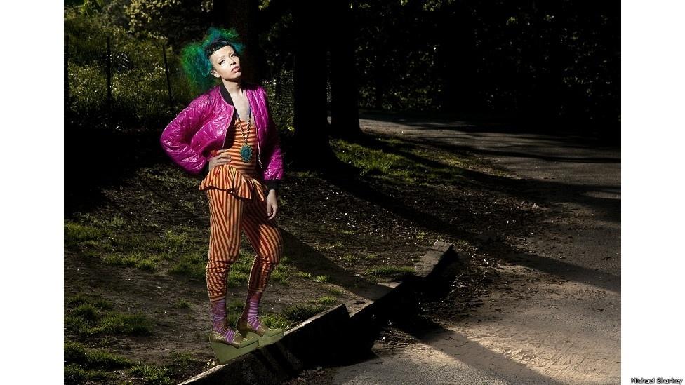 28.out.2014 - Durante os últimos oito anos, Sharkey - que mora em Nova York - fotografou jovens da comunidade LGBT dos Estados Unidos e da Europa. Na imagem, Christian