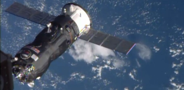 Com quase três toneladas de carga, cargueiro russo se acopla com sucesso à ISS - Nasa