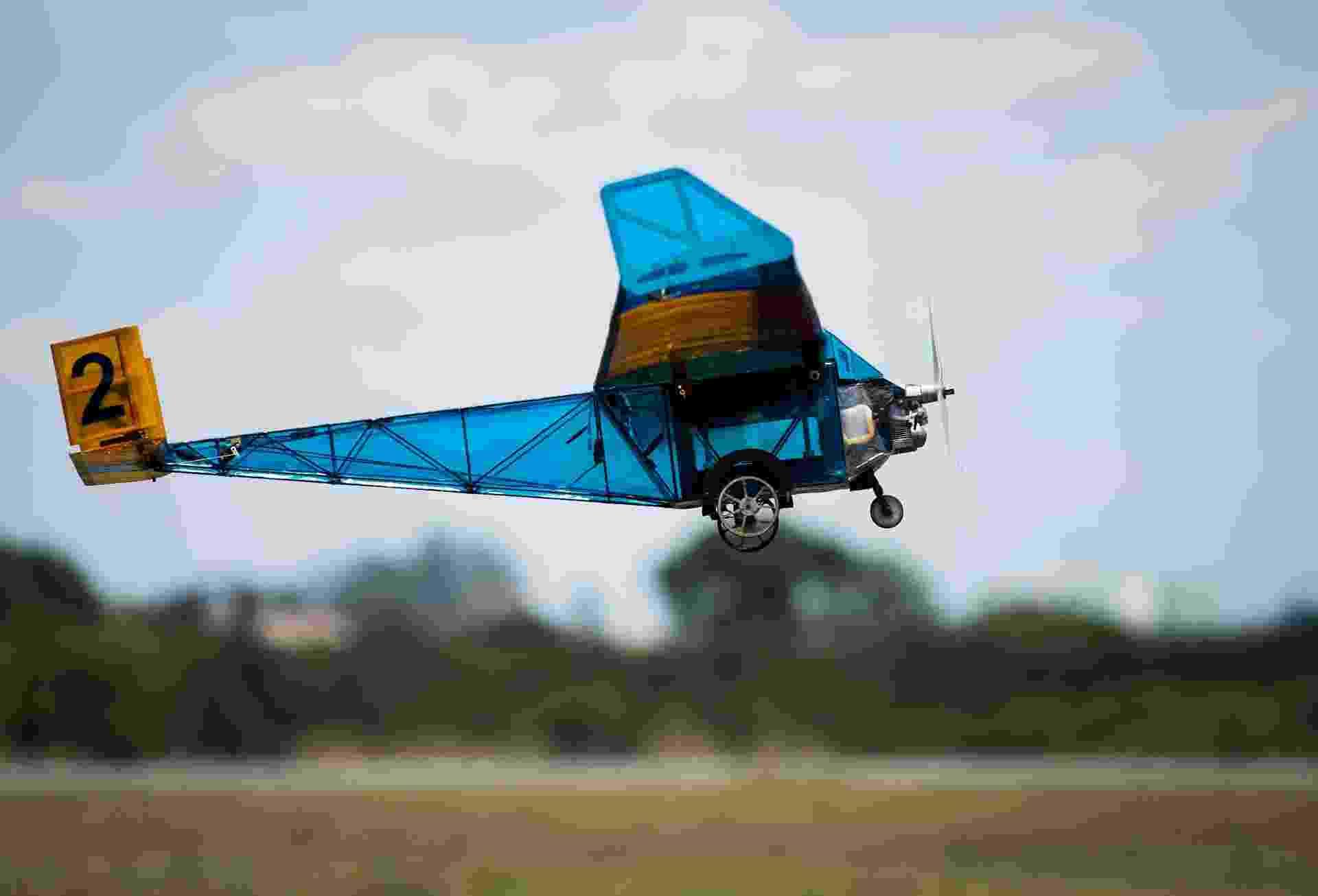Aviões criados por estudantes participam da 16ª Competição SAE BRASIL AeroDesign em São José dos Campos (SP) - Roosevelt Cássio/UOL