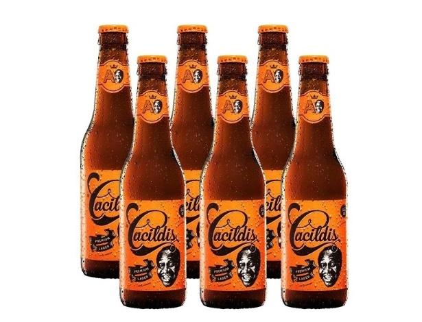 Garrafas da cerveja Cacildis, criada pela Brassaria Ampolis para homenagear Mussum - Divulgação