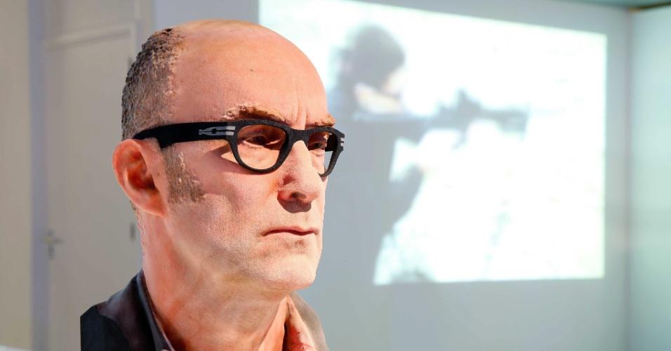 4.nov.2014 - Impressão 3D cria a réplica de um rosto, exposto no  Museu de Comunicação em Haia, Holanda, durante um evento que explora a importância e o impacto da tecnologia