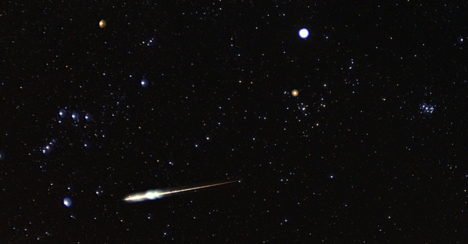 Chuva de meteoros Taurídea avistada em 9 de novembro de 2012 na Carolina do Norte, nos Estados