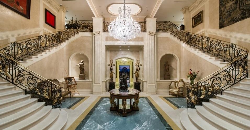 O Palazzo di Amore, em Beverly Hills, Califórnia (EUA), está a venda por US$ 195 milhões, o preço mais alto pedido atualmente nos EUA
