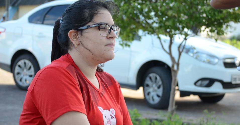 8.nov.2014 - Natália Cardoso, 19, tenta medicina pela terceira vez e achou que as provas do Enem 2014 estavam fáceis neste primeiro dia, em Maceió