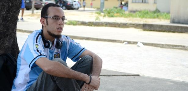 Candidato escuta rock n'roll para tirar estresse antes do Enem - Beto Macario/UOL